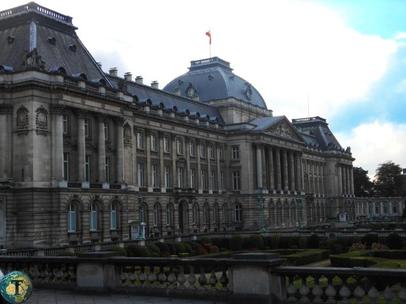 palais-royale-bruxelles.jpg